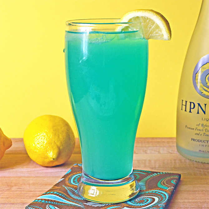 Tropical Turquoise Hpnotiq Cocktail