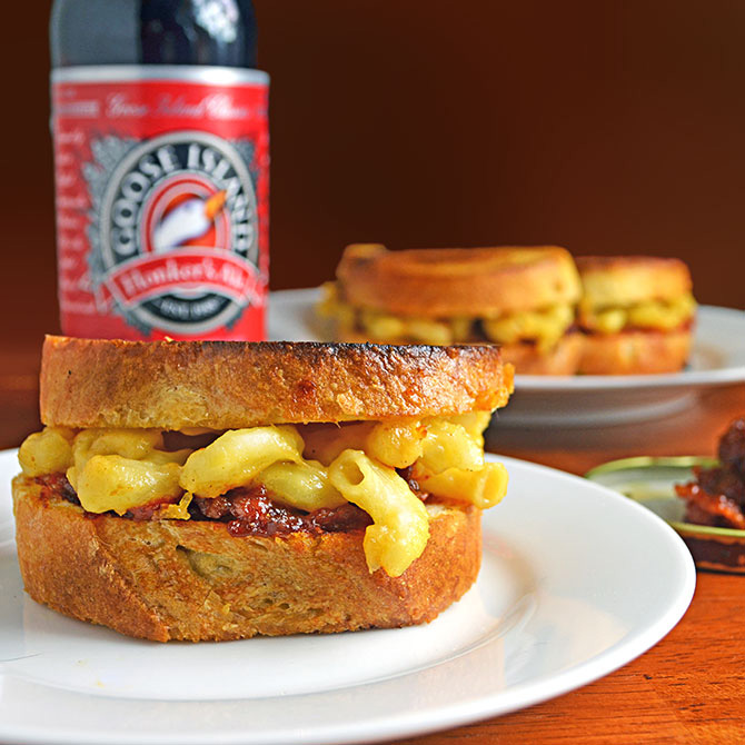 Grilled Mac n' Beer Cheese Sliders with Bacon, Beer, & Tomato Jam
