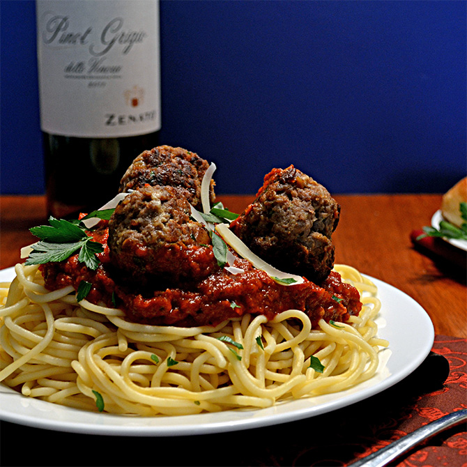 Spaghetti and Meatballs-- recipes for Marinara and Meatballs that are perfect for a romantic dinner!