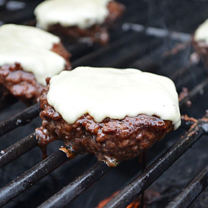 Jack Daniels Burgers (TGI Friday's Copycat Recipe)