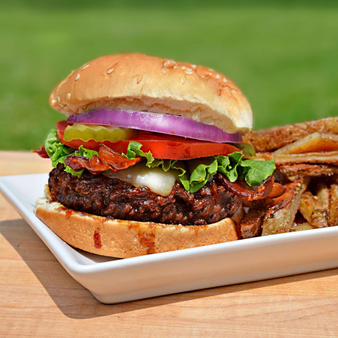 Jack Daniels Burger (TGI Friday's Copycat Recipe)