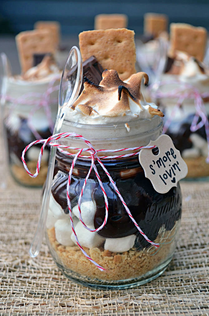 mores Treats in Mini Mason Jars (great for party favors, wedding ...