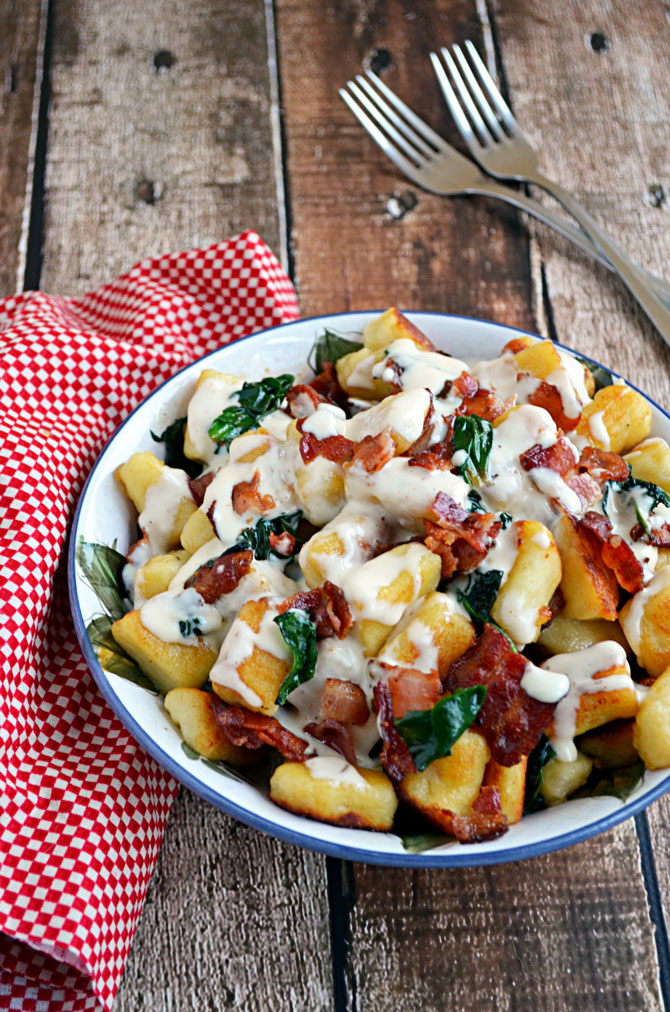 Roasted Garlic Gnocchi with Bacon, Spinach, and Smoked Gouda Sauce