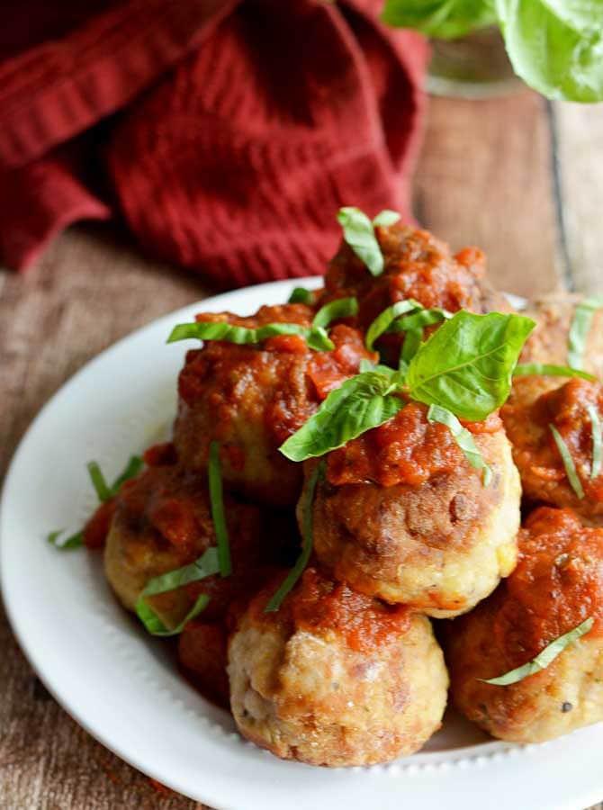 Mozzarella-Stuffed Chicken Parm Meatballs