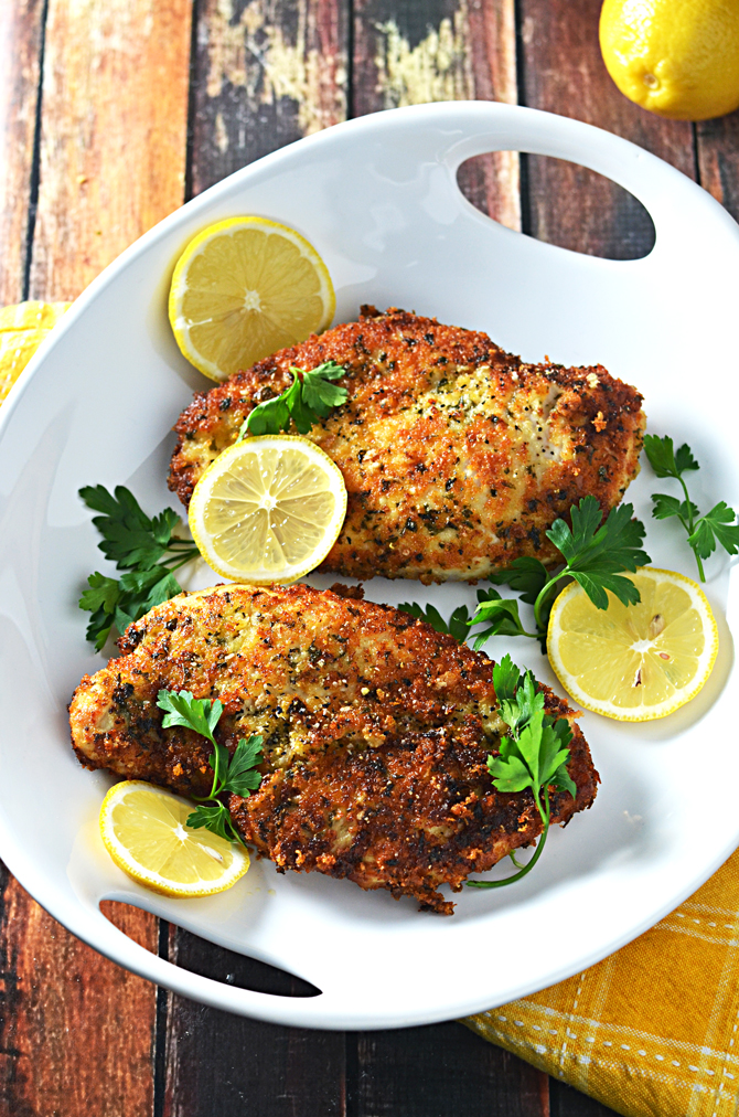 5 Ingredient Breaded Lemon Chicken.  This citrusy, bright chicken takes just minutes to make and only a handful of ingredients.  You're going to love it for busy workweek dinners! | hostthetoast.com