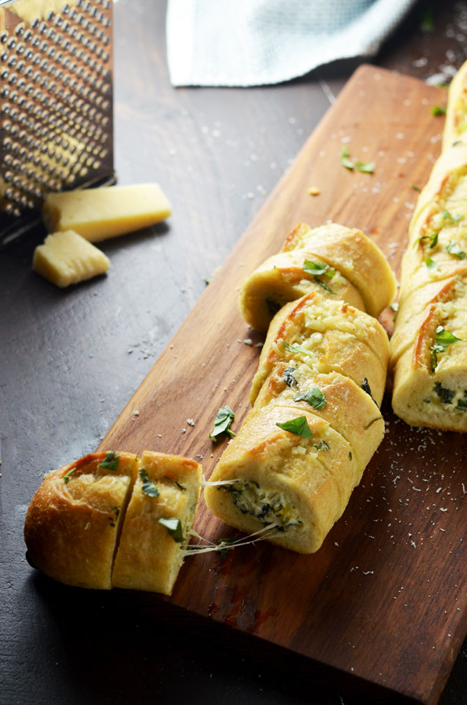 Spinach and Artichoke Dip Stuffed Garlic Bread