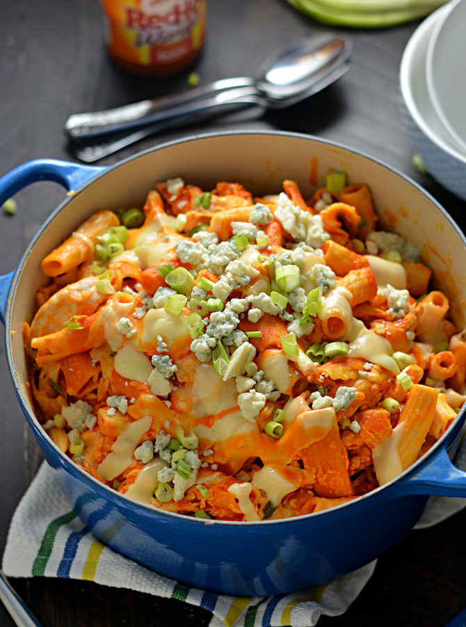 One Pot Cheesy Buffalo Chicken Pasta