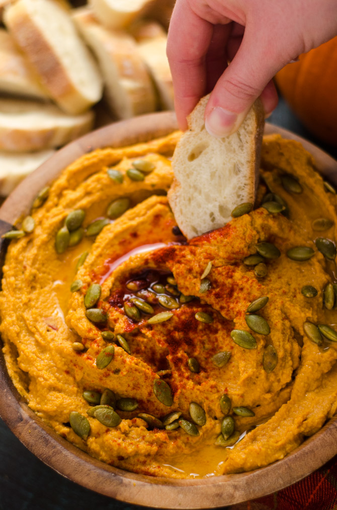 Smoky Chipotle Pumpkin Hummus. This quick, easy, and flavorful fall appetizer is perfect for party food or a Thanksgiving snack. | hostthetoast.com