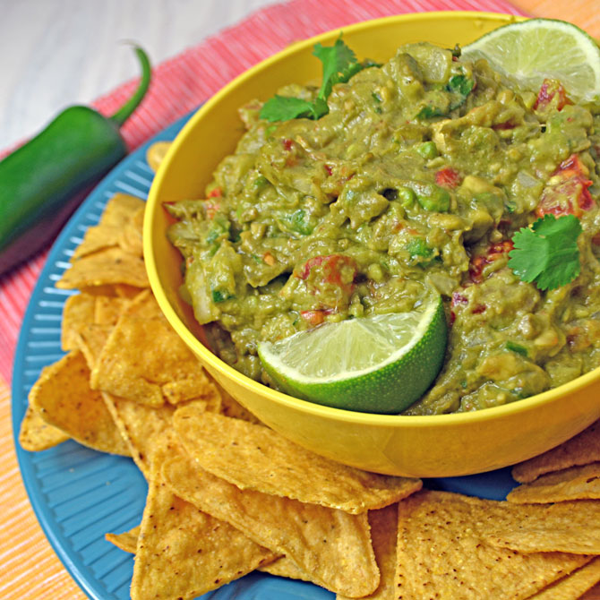 The Best Traditional Guacamole Recipe!  (From the 4 Best Guacamole Recipes)