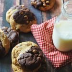 Flourless Peanut Butter & Dark Chocolate Cookies