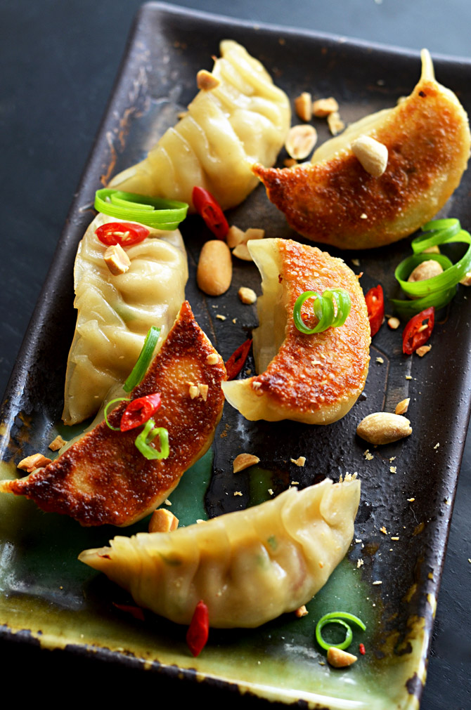Pad Thai Potstickers. Turn the foreign food favorite into a delicious (and freezer-friendly) appetizer. | hostthetoast.com