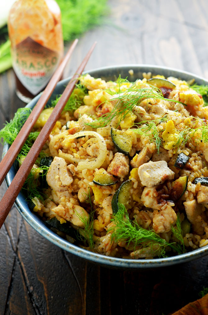 Chipotle Chicken Fried Rice. This switched up version of the Chinese takeout staple will have you head over heels in love with lunch. | hostthetoast.com