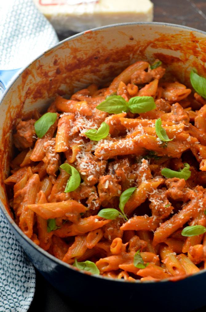 One Pot Penne Vodka with Sausage. This recipe is so delicious, no one will believe how easy it is! | hostthetoast.com
