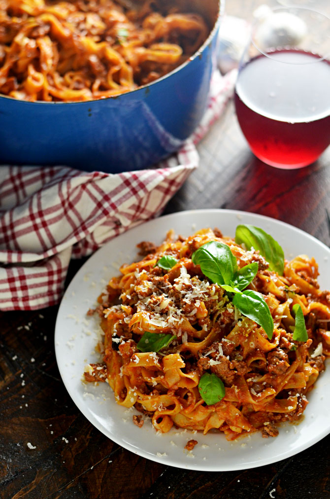 One Pot Pasta Bolognese. This ragu bolognese is a meaty Italian sauce recipe that can be made with spaghetti, tagliatelle, or whatever pasta you have on hand. It's simple and quick but tastes like an all-day sauce! | hostthetoast.com