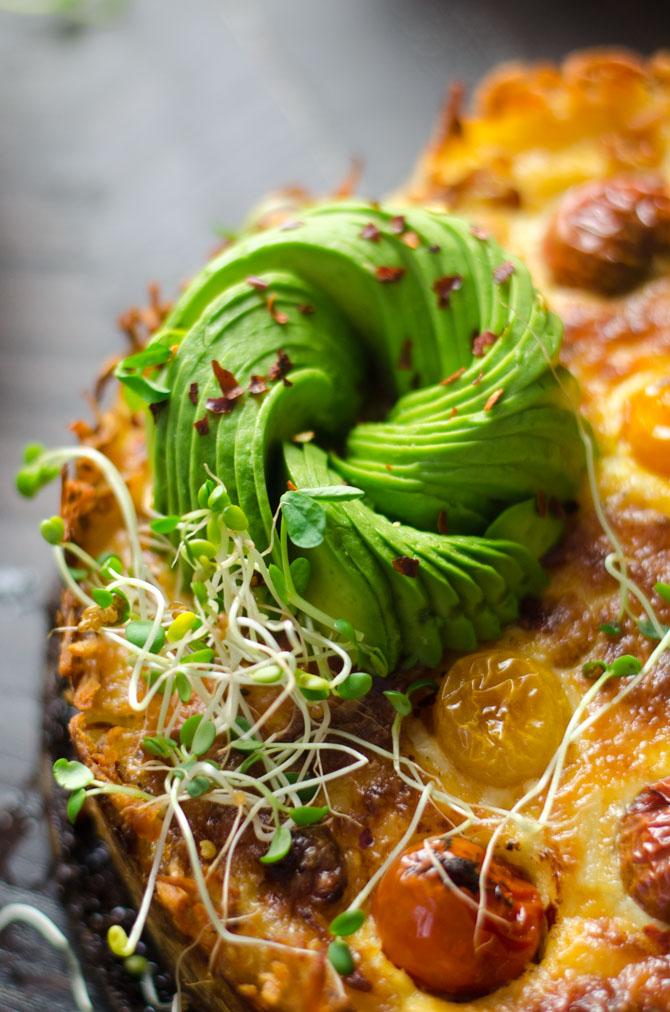 Hashbrown-Crusted California Quiche with Avocado Roses. This loaded-up quiche is a brunch-lover's dream. | hostthetoast.com