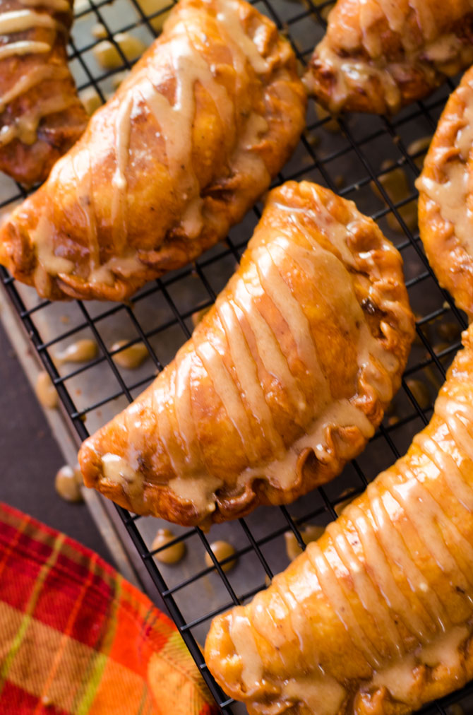 Maple Brown Butter Glazed Amish Apple Fry Pies. These sweet dessert snacks are hand-sized and perfect for a cold Fall day or Thanksgiving treat! | hostthetoast.com