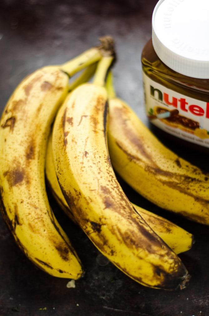 5 Ingredient Nutella Banana Bread. This moist, chocolate banana bread is unbelievably easy to make.   hostthetoast.com