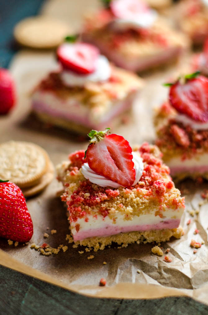 No Bake Strawberry Shortcake Cheesecake Bars. Like the popsicles of your youth, but 100 times better. A rich, sweet, tangy, and delicious dessert. | hostthetoast.com