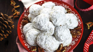 Butter Pecan Snowball Cookies